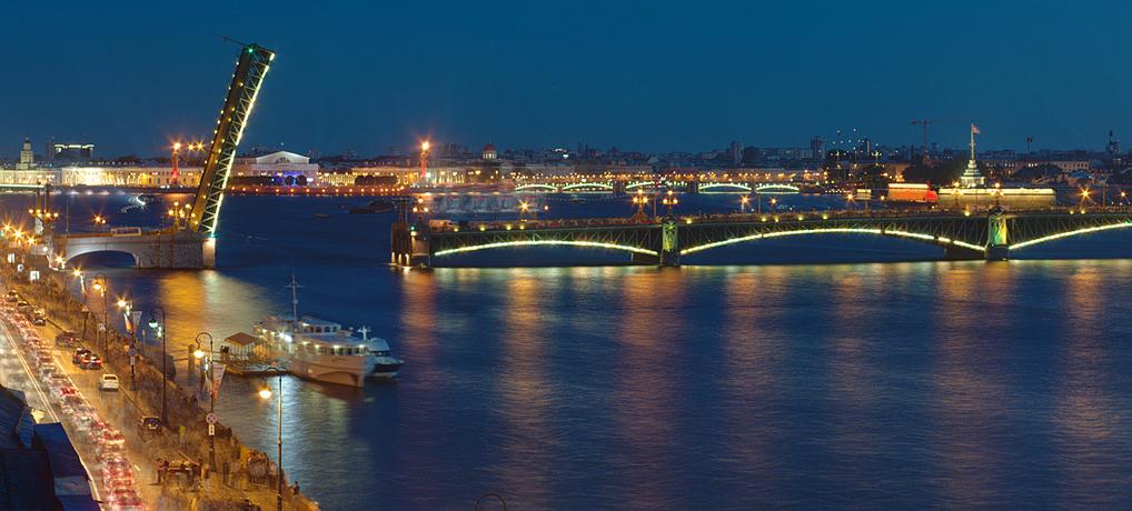 Великолепният  Санкт – Петербург от Варна